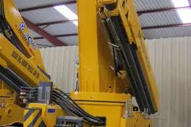 Crane – 16 Ton Meter